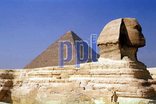 Sphinx & Pyramid of Giza Egypt